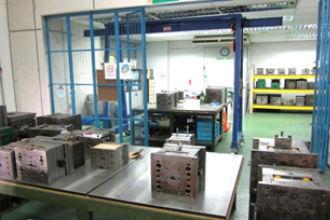 金型メンテナンス室